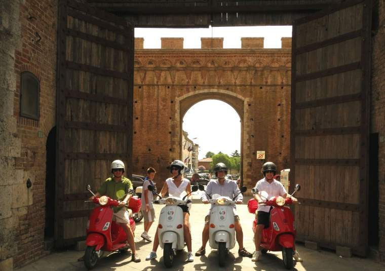 Guided vespa trip siena