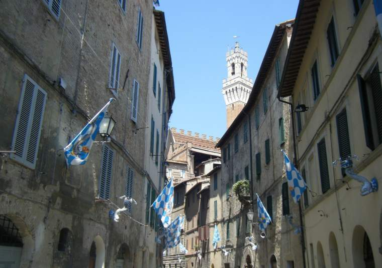 Siena street  flags6